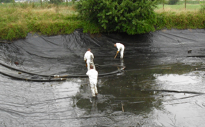 Nettoyage de bassin par la société A2B bretagne